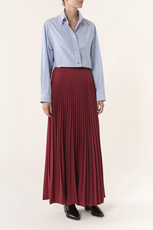 Pleated polyester and seersucker Helvetia long skirt